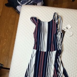 BCX Dresses - Striped Flowy Knee-Length Dress